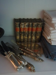 French-country-books-silver-knives
